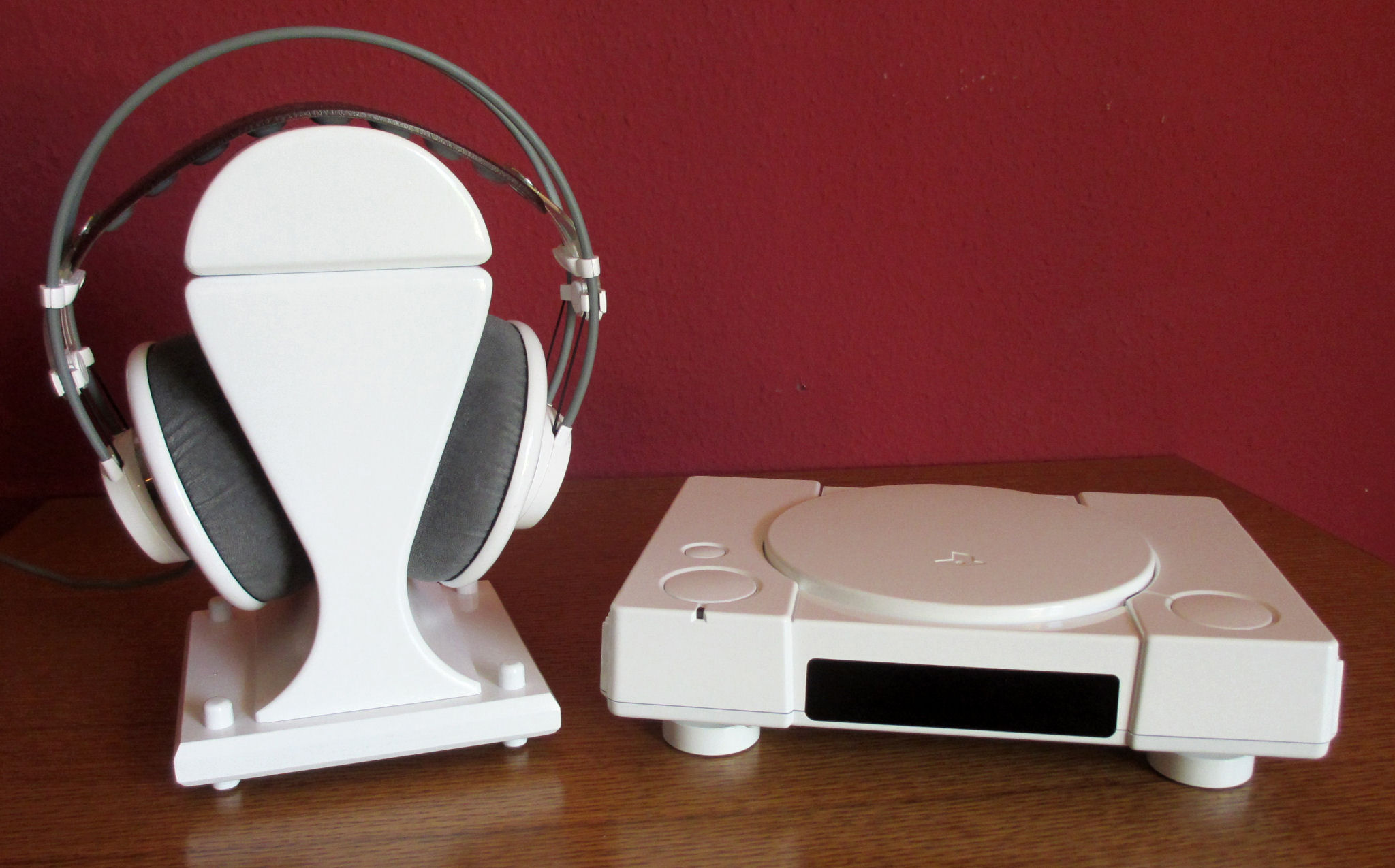 Sony Playstation 1 SCPH-1002 SCPH-1000 SCPH-1001 as High End CD Player modding audiophile hifi stereo headphone stand